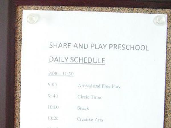Tips for establishing a daily schedule for a preschool program