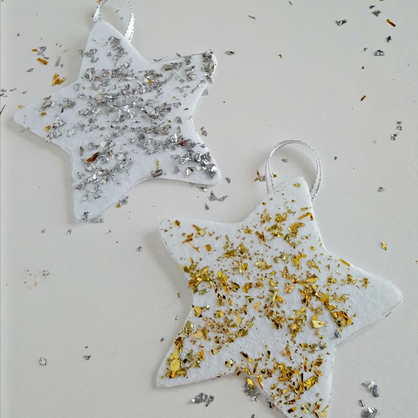 Gold and silver foam stars Christmas craft for toddlers and preschoolers