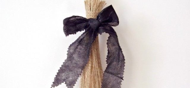 Broomstick Halloween decoration easy to make with burlap