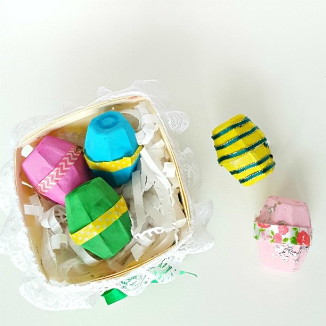 Easter eggs made with recycled egg cartons preschool craft