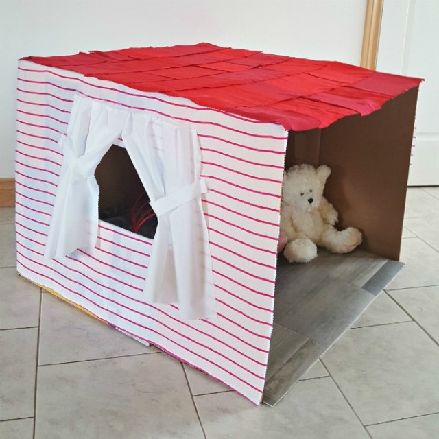 Easy playhouse to make for kids imaginative play