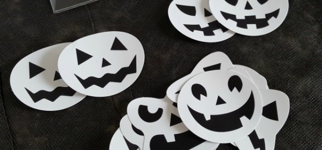 Halloween matching game using beverage stickers - Preschool Toolkit