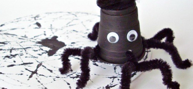 Halloween spider craft and web painting activity for preschoolers