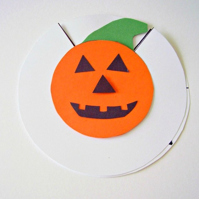 Jack o lantern preschool activity with paper dial