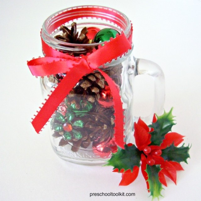 Mason jar Christmas craft for kids