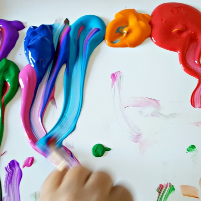 Mixing colors painting activity for preschoolers