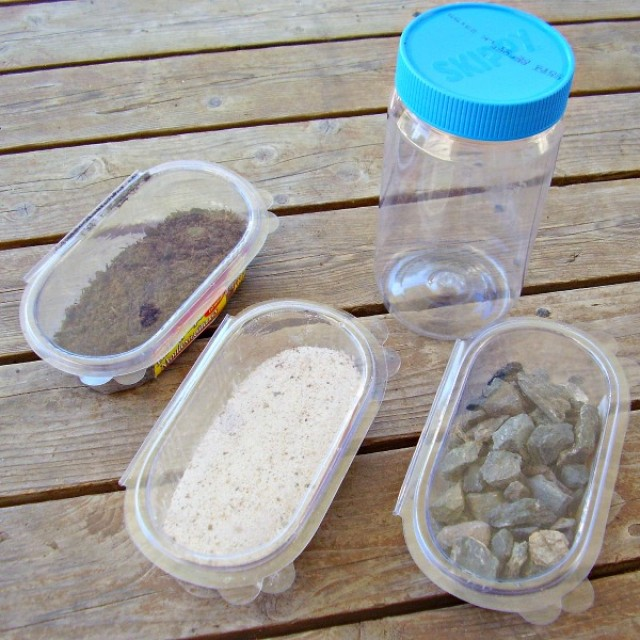 Mixing earth materials science activity for kids