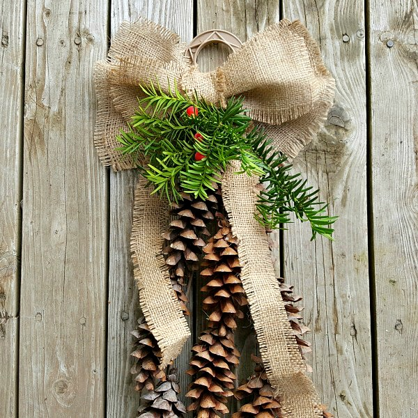 DIY country theme decoration using natural materials