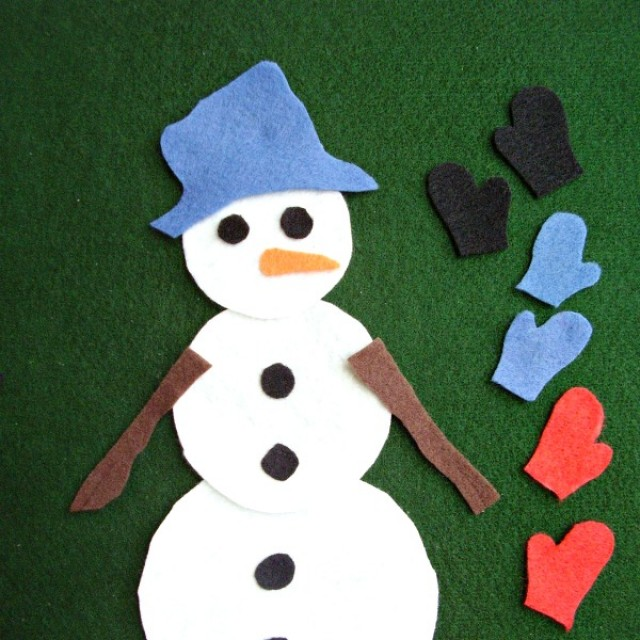 Snowman with matching mittens felt board activity for toddlers and preschoolers