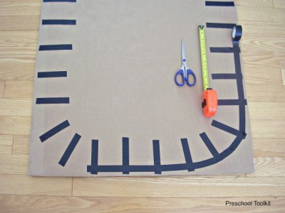 Train tracks kids craft