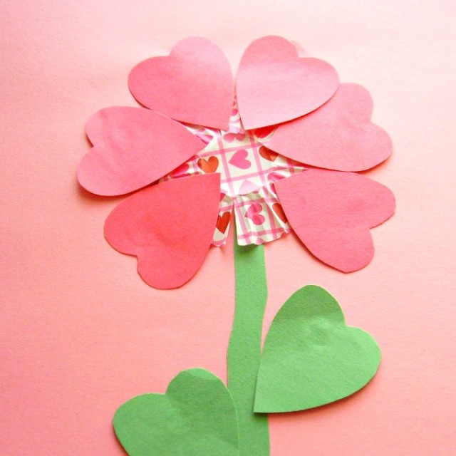 Valentine flower fine motor craft for preschoolers