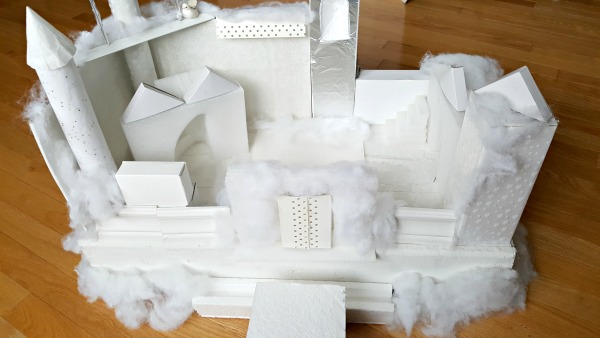 Winter castle STEAM activity for preschoolers