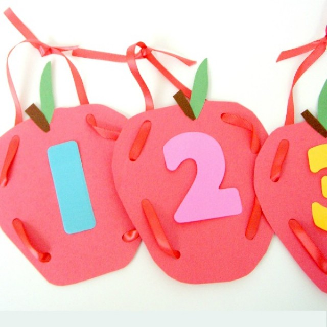Apple craft and activity for preschoolers
