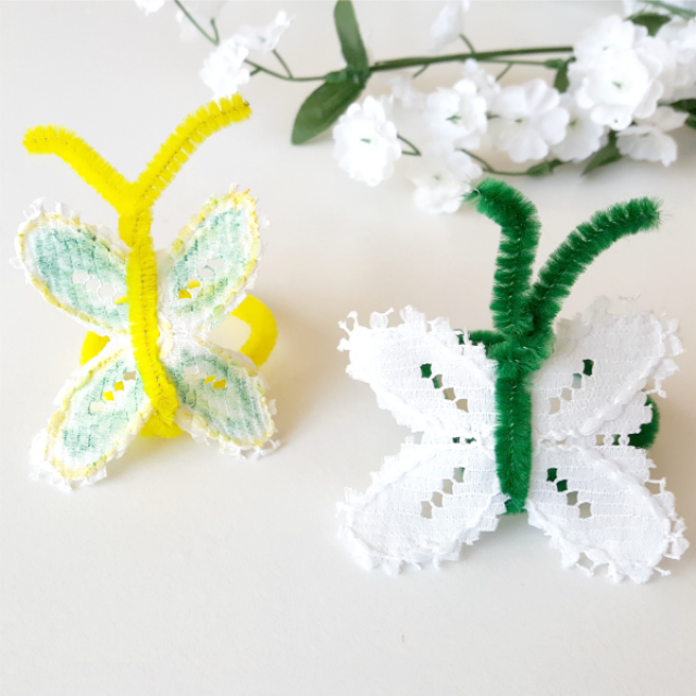 Pretty lace butterflies craft for kids - Preschool Toolkit