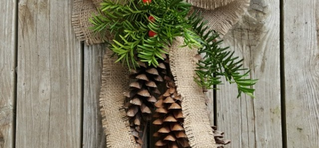 DIY Christmas decoration with pine cons and burlap