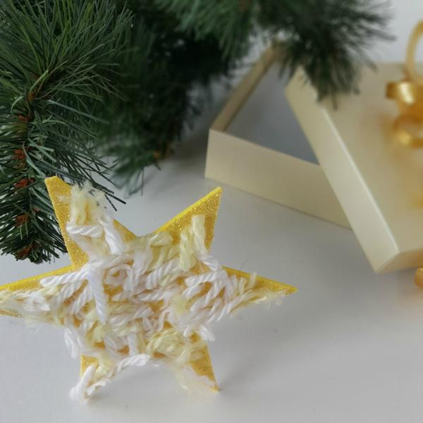Star ornament preschool craft