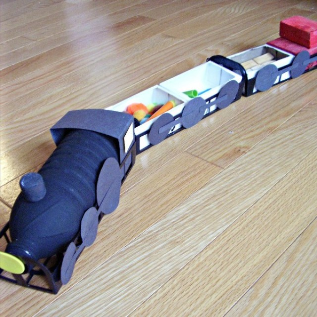 train engine and train cars preschool activity for pretend play